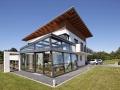szklana modernistyczna konstrukcja